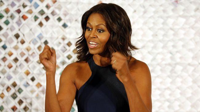 Michelle Obama Umumkan Bakal Tur Promosi Buku
