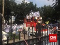 Pelataran Gedung DPRD DKI Jakarta Mulai Dipadati Pedemo