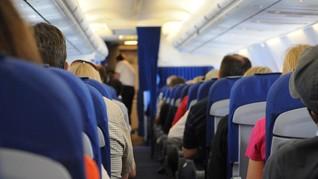 Alasan Makanan Terasa Aneh saat Terbang dengan Pesawat