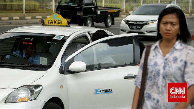 TAXI Rugi Taksi Express Bengkak Jadi Rp538 Miliar