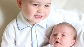 Pangeran George sedang Tampan-tampannya di Usia Kepala Empat