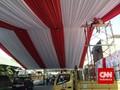 Tenda Merah Putih dari Relawan untuk Pernikahan Putra Jokowi