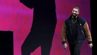 Drake Disebut Pria Berbusana Terbaik 2017