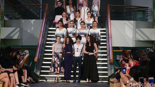 Cara Desainer Indonesia Merambah Panggung Fesyen Dunia 2b6a41e653