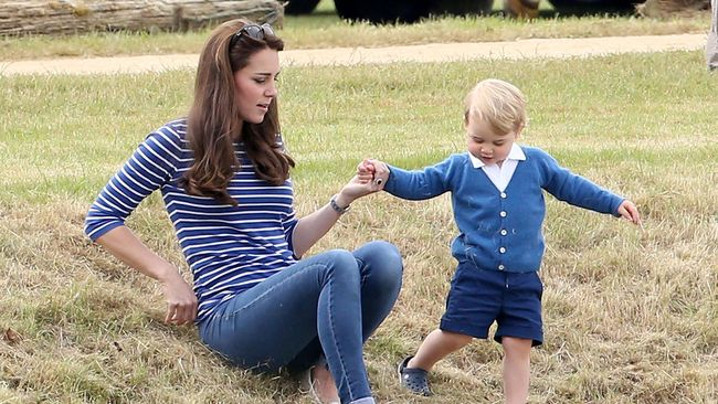 Kate Middleton Kembali Langsing Tampil dengan Skinny Jeans