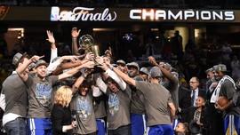 Foto-Foto Terbaik Warriors Juara NBA 2015