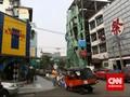 Polisi Bubarkan Kerumunan Warga di Blok M dan Kemang