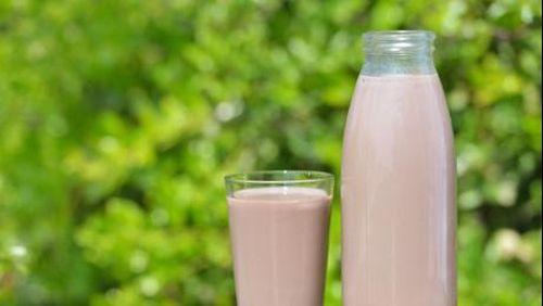 5 Alasan Orang Dewasa Perlu Lebih Banyak Minum Susu Cokelat 1
