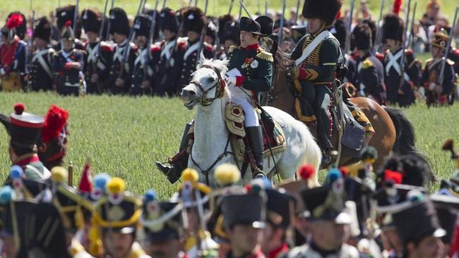 Peringatan Ulang Tahun ke-200 Perang Waterlooakan dirayakan secara megah di Belgia pada 19-20 Juni 2015,untuk mengingatkan kembali peristiwa kekalahan Kaisar Perancis Napoleon Bonaparte dari Duke Wellington.(Reuters/Yves Herman)