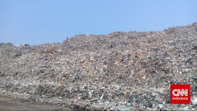 Djarot Sambut Sampah Plastik untuk Aspal