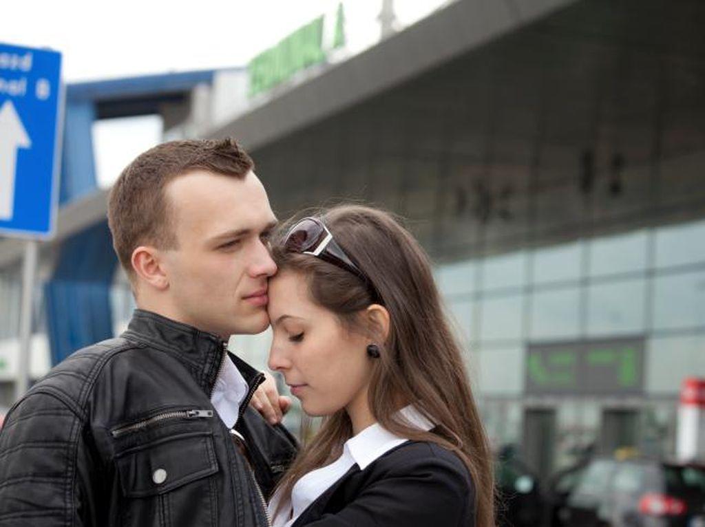 Jalin Hubungan Tanpa Status, Tapi Si Dia Ingin Mengajak Serius