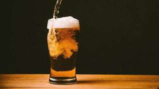 Minum Alkohol Setiap Hari Tingkatkan Risiko Stroke