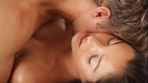 Tips Agar Pasutri Bisa Orgasme Bersamaan