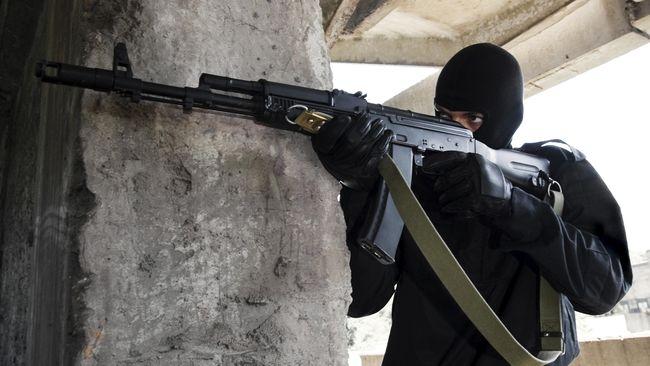 Luhut Apresiasi Penangkapan Enam Terduga Teroris di Malang