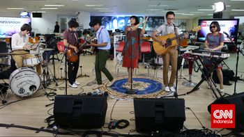 Music at Newsroom Menghibur di Tengah TSM Cibubur
