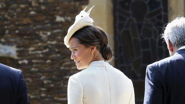 Pesta Baptisan Charlotte, Ajang 'Fesyen' Keluarga Kerajaan