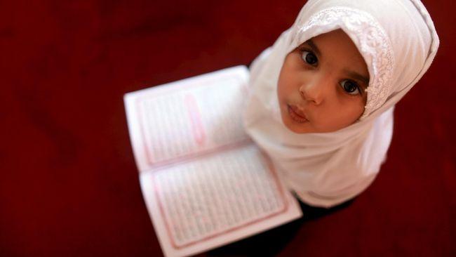 Cegah Ekstremisme, Muslimah di Inggris Akan Diajari Bahasa