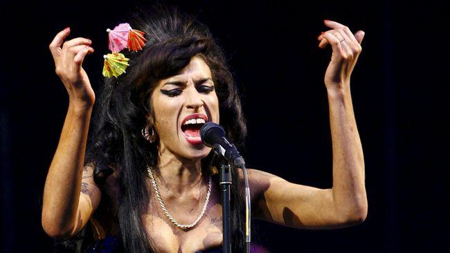 Jelang Rilis Film, Amy Winehouse 'Tampil' di Konser Privat
