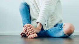 Ikat Pinggang 'Sobekan Jeans' Bikin Bingung Warganet