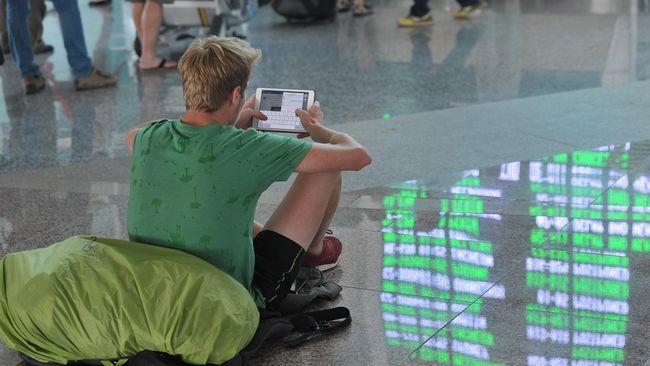 Terdampak Erupsi Gunung Raung, 3 Bandara Berhenti Beroperasi