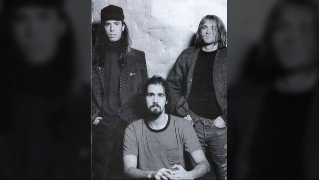 Dave Grohl Tak Mau Dengar Nirvana usai Kematian Kurt Cobain