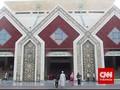 At Tin, Masjid Agung di Miniatur Indonesia