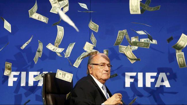 Sepp Blatter Nelangsa Dilupakan FIFA