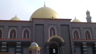 Dian Al Mahri, Pendiri Masjid Kubah Emas Depok Tutup Usia