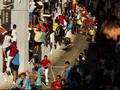 Lari dari Kejaran Banteng di Festival 'Toro de Cuerda'
