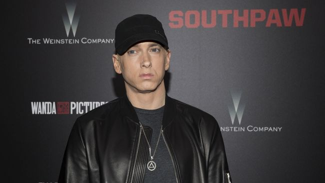 Eminem Kembali Akting Lewat Video 'River' dengan Ed Sheeran