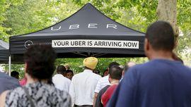 Menkominfo Sebut Koperasi Jadi Solusi Gaduh Uber dan GrabCar