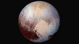 Ada Tebing Es di Permukaan Planet Pluto