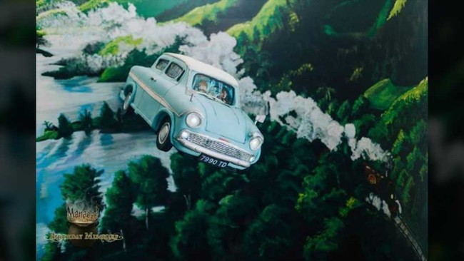Mobil terbang Ron menjadi inspirasi pembuatan kue ulang tahun JK Rowling. Kue ini dibuat oleh Alex Narramore (Dok. Akun Facebook Birthday Mischief Managed).