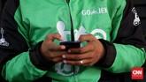 Sekitar enam bulan beroperasi mengandalkan aplikasi di ponsel pintar, perusahaan yang didirikan oleh Nadiem Makarim ini, tumbuh cepat memiliki 10 ribu mitra pengojek motor di Jabodetabek, Bandung, Surabaya, Bali, dan mencapai prestasi 1 juta order pada 6 Juli 2015. (CNN Indonesia/Safir Makki)