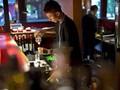 Panduan Menenggak Alkohol Agar Tak Kelewat Batas