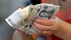 Yuan Kembali Dilemahkan, Investor Lari ke Luar China