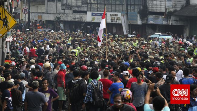 Prinsip HAM Ahok terkait Kampung Pulo Dipertanyakan