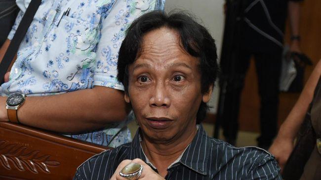 Mandra Divonis Satu Tahun Penjara