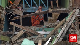 Berharap Datangnya Perubahan dari Anies-Sandi di Kampung Pulo
