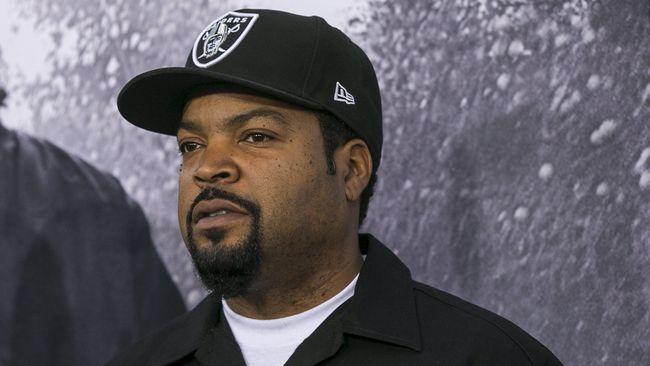 Ice Cube Pilih Tidur Ketimbang Tangisi Kepergian Jerry Heller