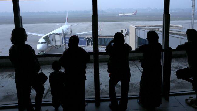 Menhub Budi Soal Tiket Pesawat: Kalau Mau Naik 15 Persen Saja