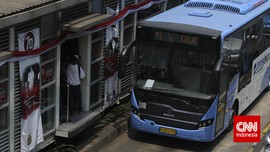 Daftar Rute TransJakarta yang Masih Terhenti Akibat Banjir