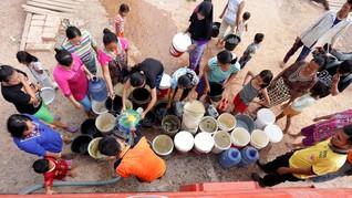 Penantian Panjang Mengusir Swastanisasi Air di Jakarta