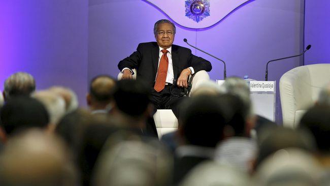 Mahathir: UMNO Dukung Najib karena Dapat Sogokan