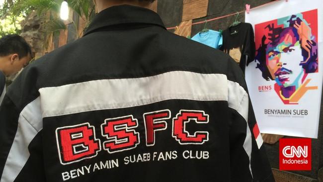 Para anggota Benyamin Sueb Fans Club (BSFC) sering mengadakan acara off-air berkaitan dengan sang legenda, dari menziarah makam sampai memeriahkan acara mengenang 20 tahun kepergian Benyamin di Jagakarsa, Jakarta Selatan, kemarin (5/9).