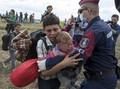 Perancis: Menerima Pengungsi Berarti Kemenangan bagi ISIS