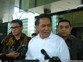 Kabareskrim Tak Akan Hentikan Kasus Samad dan Bambang