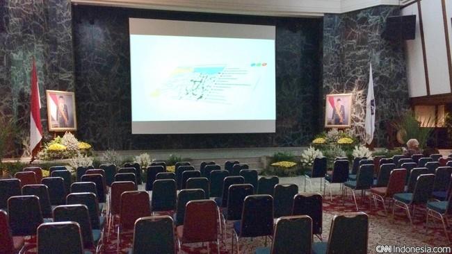 Balai Agung biasa dipakai untuk acara tertentu yang digelar Pemprov DKI, perusahaan swasta, maupun lembaga dan kelompok masyarakat tertentu. Ukurannya lebih besar dibanding Balairung dan dilengkapi panggung.