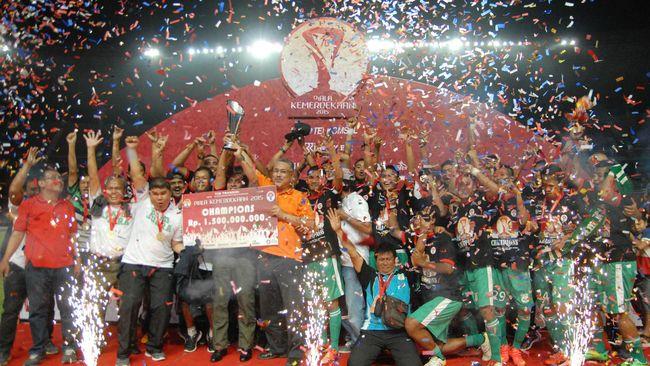 Bermain dengan 10 Orang, PSMS Juara Piala Kemerdekaan