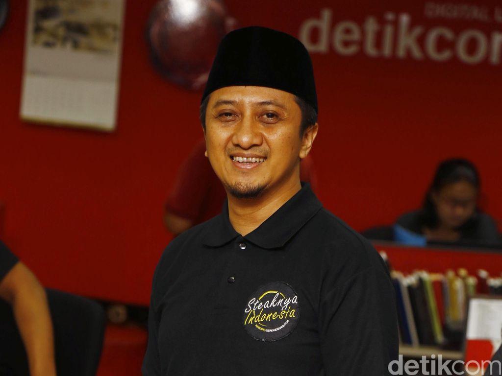 Ustaz Yusuf Mansyur Naik Ninja Antar Anak ke Sekolah